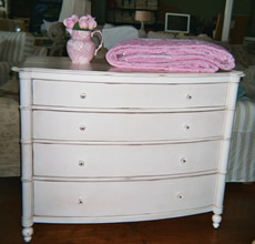 Cottage Furniture Dressers